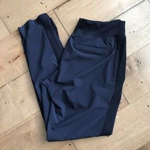 Athleta Brooklyn Ankle Pants Navy Workout 4